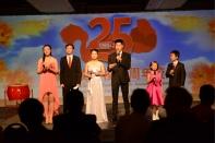 主持人: 学分20班学生周睿婷、吴逸超,毕业生赵静璇、杨赫,三年级李施璇,五年级郑天祺